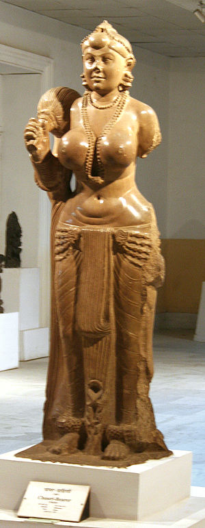 Clothing in India - The Didarganj Yakshi depicting the dhoti wrap