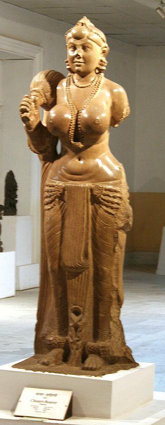 Clothing in India - The Didarganj Yakshi depicting the dhoti wrap