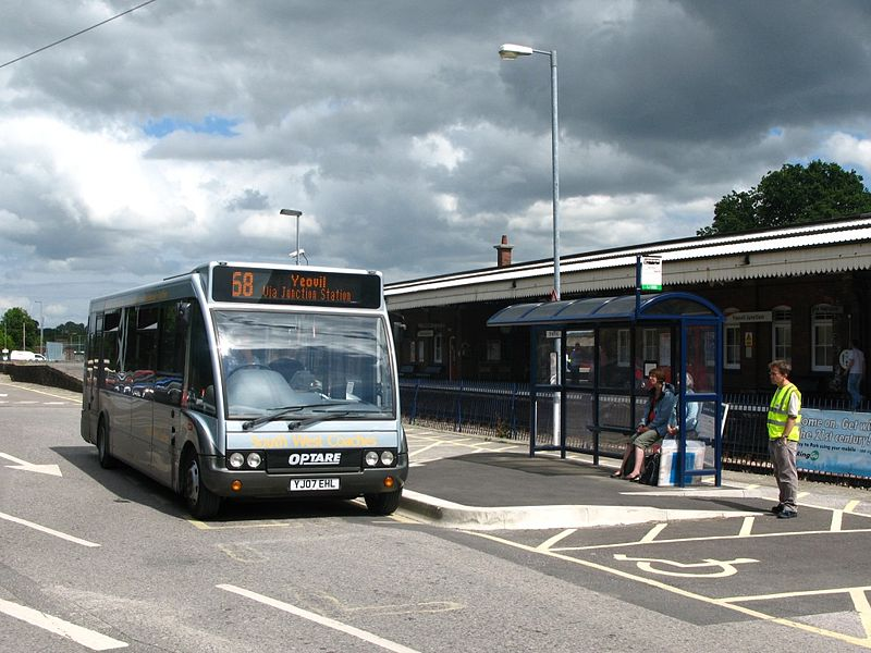 File:Yeovil Junction SWC YJ07EHL.jpg