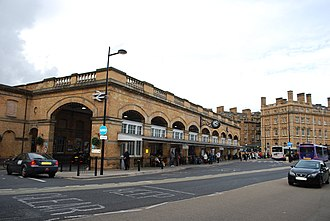 York railway station - Image: York station & Great Northern Hotel (6679871819)