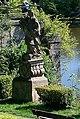 Zámek Libochovice, nábřežní opěrná zeď se sochami, Kerkovo nábřeží, Libochovice, okr. Litoměřice, Ústecký kraj 09.jpg