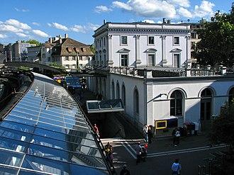 Zürich Stadelhofen railway station - Image: Zürich Bahnhof Stadelhofen IMG 4362
