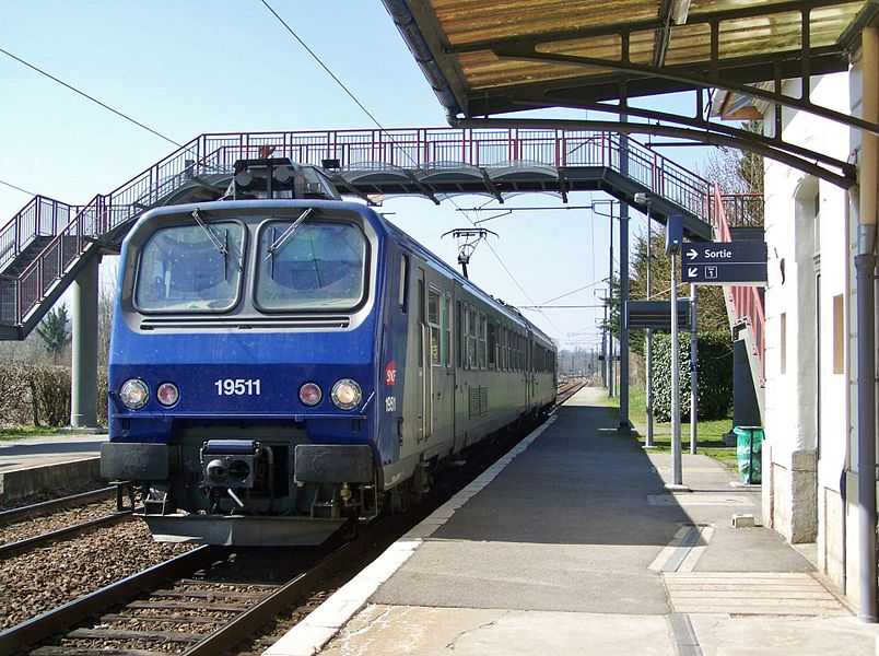 Sight of a SNCF Class Z 9500 coming from Lyon and bound for Chambéry is stopping at Pont-de-Beauvoisin railway station in Isère, France.