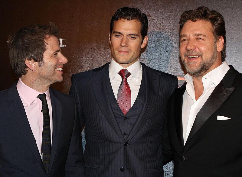File:Zack Snyder, Henry Cavill, Russell Crowe (2).jpg