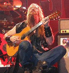 wylde in philadelphia 2005 playing a gibson chet atkins ce