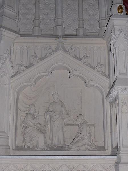 Détail du maître autel de l'église Saint-Pierre de Coulimer, dans l'Orne.