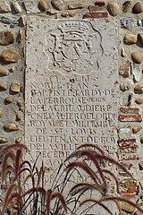 plaque funéraire de Jean-Baptiste Tardy de La Perrouse, seigneur de La Grivaudière à Montracol