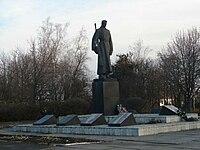 Братська могила радянських воїнів в селищі Оржиця.jpg
