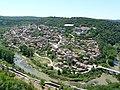 """Велико Търново - река Янтра и ж.к. """"Света гора"""" - panoramio.jpg"""