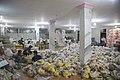بسته بندی کمک های بشردوستانه و مردمی برای زلزله زدگان قصر شیرین Humanitarian aid- Iran Kermanshah 03.jpg