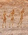 رسومات القدماء في صحراء الجزائر جانت.jpg