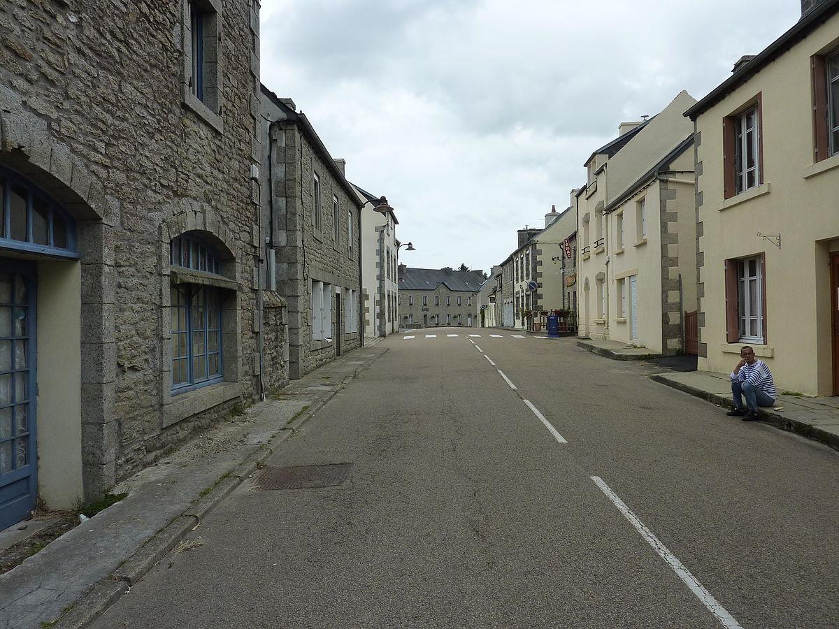 Er is zo INTENS weinig te doen in die kleine Franse dorpjes
