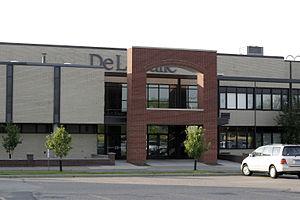 DeLaSalle High School (Minneapolis) - Image: 060701 De La Salle 08