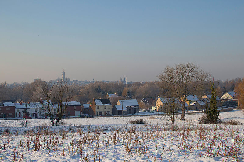 File:0 Mons - Panorama (1).JPG