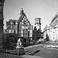 19880511534AR Dresdsen Schloßplatz Georgentor Hofkirche.jpg