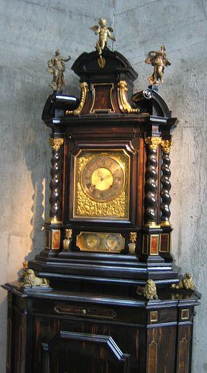 International Museum of Horology - racket clock with base by Pierre Jaquet Droz at the Musée international d'horlogerie in La Chaux-de-Fonds.