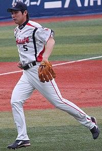 20120501 Shingo Kawabata, infielder of the Tokyo Yakult Swallows, at Yokohama Stadium.JPG