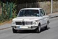 2014-10-12 BMW 2002 während einer Oldtimer-Rallye.JPG