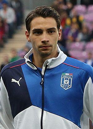 Mattia De Sciglio - De Sciglio playing with Italy in 2015