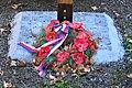 2016-09-27 GuentherZ Valtice-Feldsberg Friedhof (59) Kriegerdenkmal neu WK1.jpg