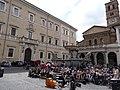20160423 049 Roma - Piazza di Santa Maria in Trastevere (26630362961).jpg