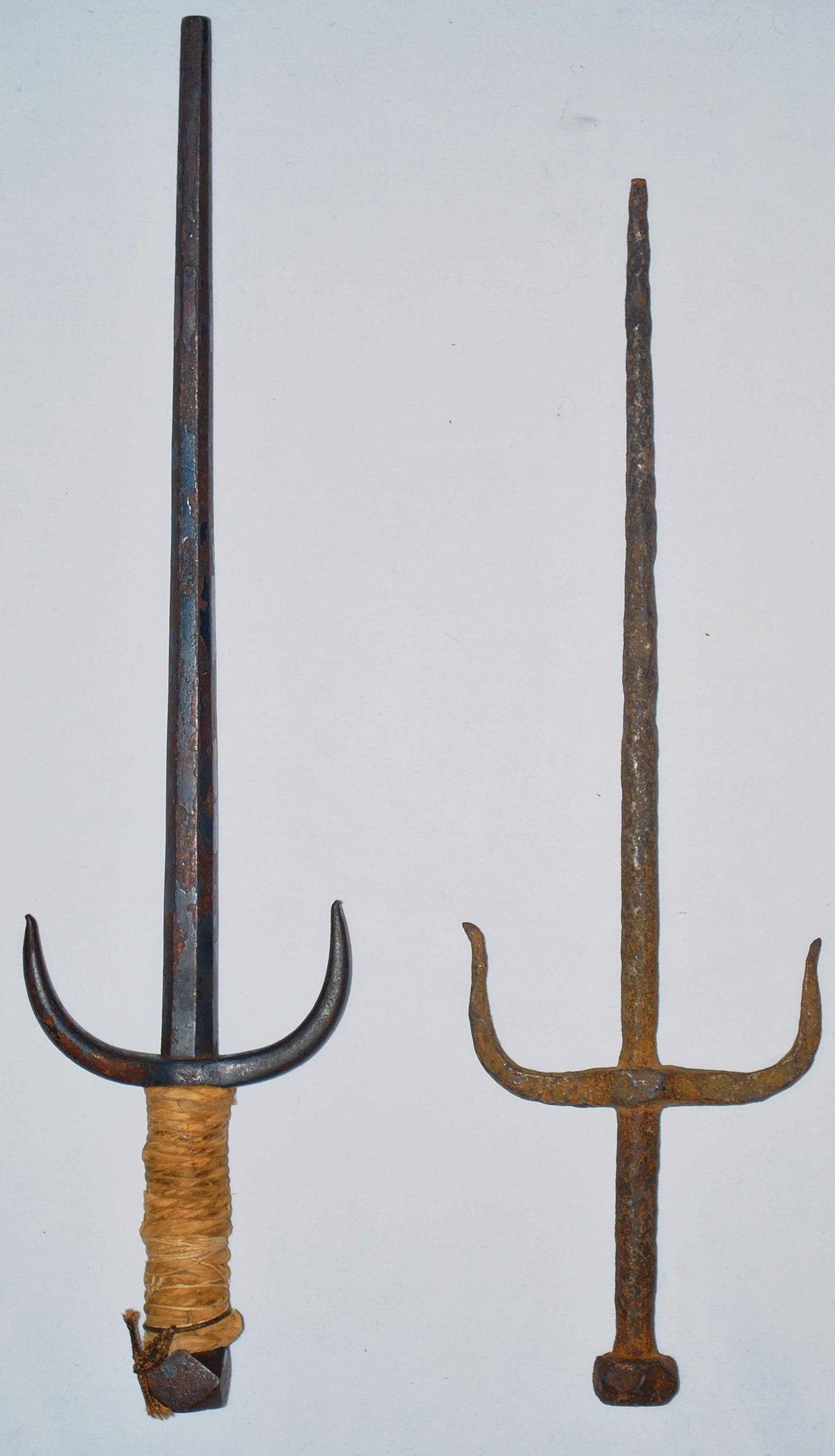 Sai (weapon) - Wikipedia
