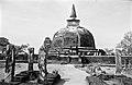 358407Polonnaruwa.jpg
