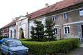8960viki Pałac w Domanicach - zabudowania przypałacowe. Foto Barbara Maliszewska.jpg