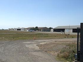 Aérodrome de salon eyguières u2014 wikipédia