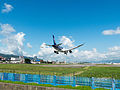 ANA Boeing 787-8 JA802A on Final Approach at Taipei Songshan Airport 20150908.jpg