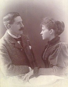 Aagordon and his wife.jpg