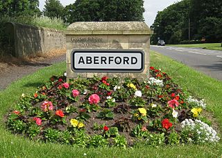 Aberford village and civil parish in the City of Leeds metropolitan borough in West Yorkshire, England