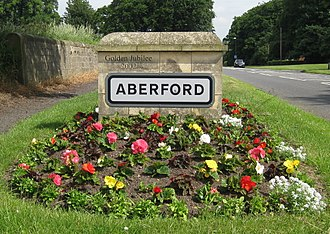 Aberford - Image: Aberford Boundary Marker south 14 June 2017