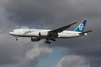 An Air New Zealand Boeing 777-219/ER landing a...