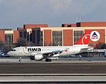 Airbus A319 (30559770397).jpg