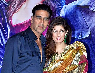 Twinkle Khanna - Twinkle Khanna with spouse Akshay Kumar at Ekta Kapoor's party for the film Once Upon a Time In Mumbaai Dobara