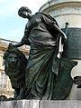 Allégorie Statue Louis XV Reims 280508 01.jpg