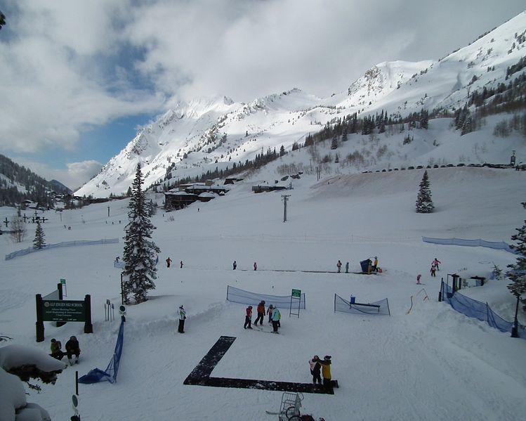 File:Alta ski lessons - Feb 21, 2011.jpg