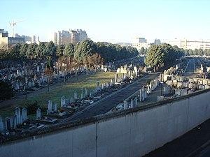 Guillotière Cemetery - Image: Ancien cimetière de la Guillotière 02