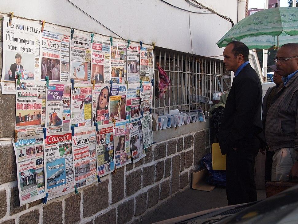 Antananarivo Madagascar people reading news