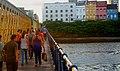 Ao fim da tarde, sob uma das pontes do Recife antigo.jpg