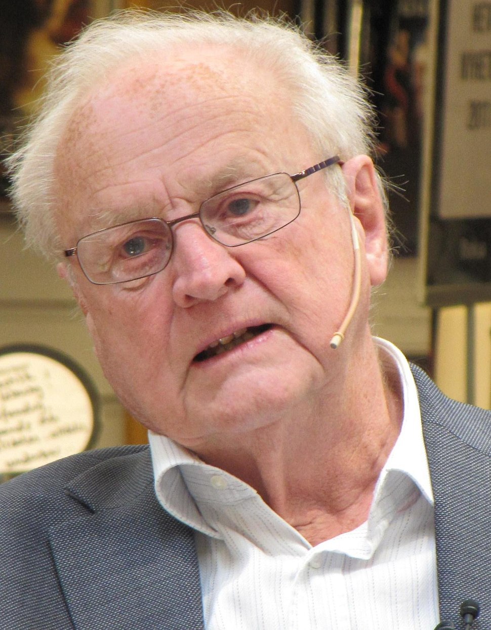 Arvid Carlsson 2011a (cropped)