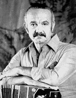 Ástor Piazzolla with his bandoneón in 1971.