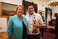 Bachelet recibe creadores Historia de un oso 2.jpg