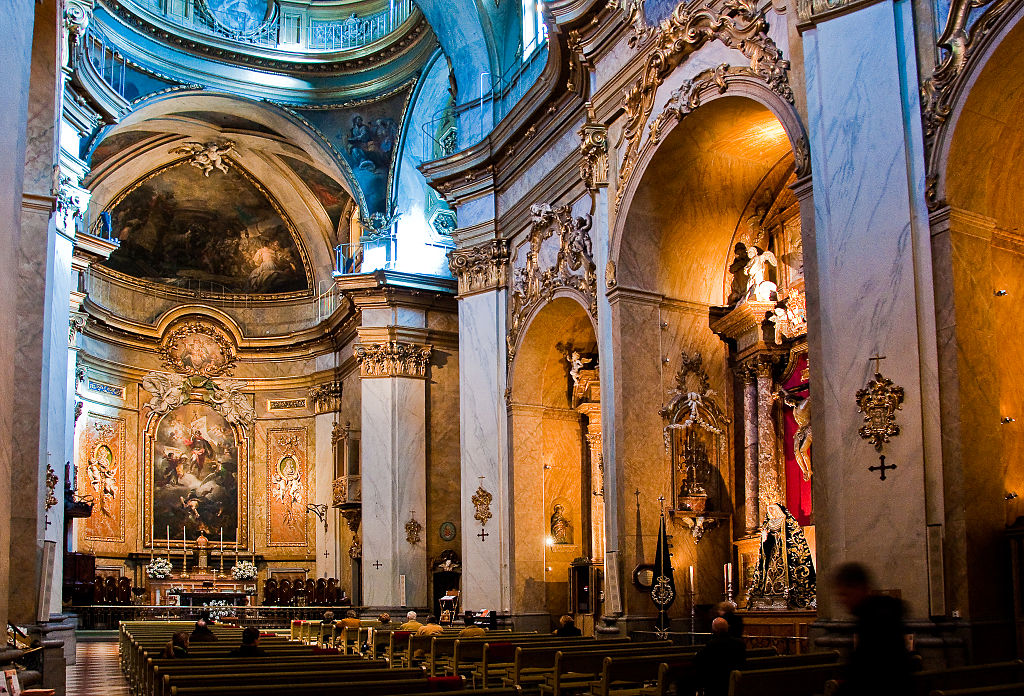 Basílica Pontificia de San Miguel (Madrid) 10.jpg