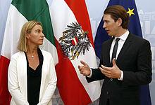 Federica Mogherini con Sebastian Kurz.