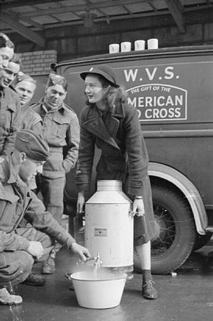 Stella Isaacs, Marchioness of Reading - A WVS mobile 'Blitz Canteen' in 1941 – the canteens operated across London to provide refreshments to troops and civilians