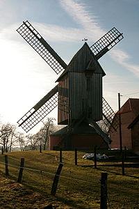 Bockwindmühle in Wenden (Stöckse).jpg