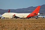 Boeing 747-438 (VH-OJL) (27321919582).jpg