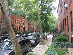 Boerum Hill Historic District (Hoyt and Bergen Sts).JPG